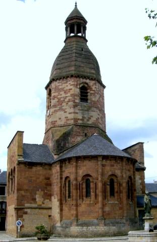 Eglise de Saint Saturnin de Lenne