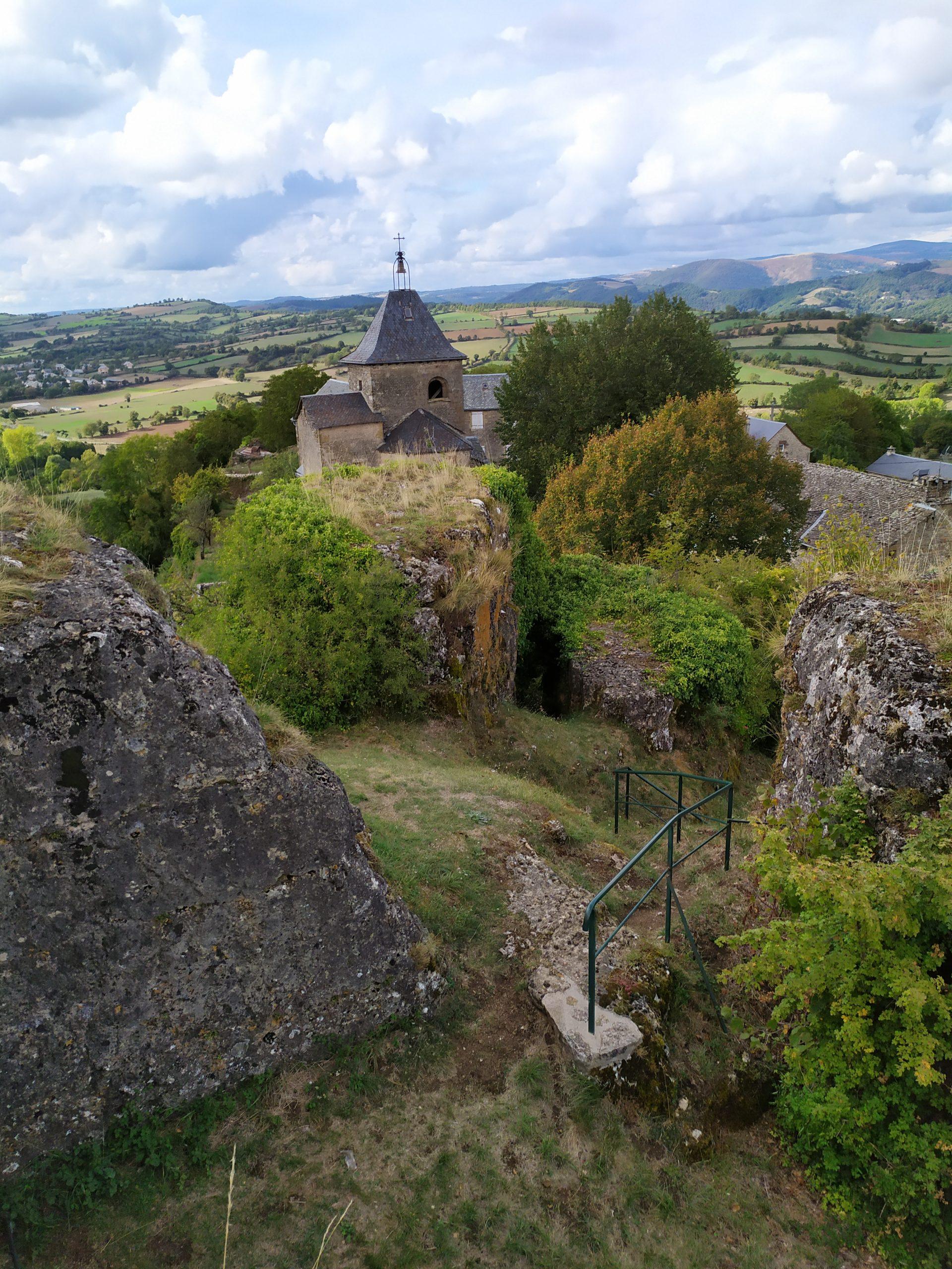 Le site de La Roque Valzergues