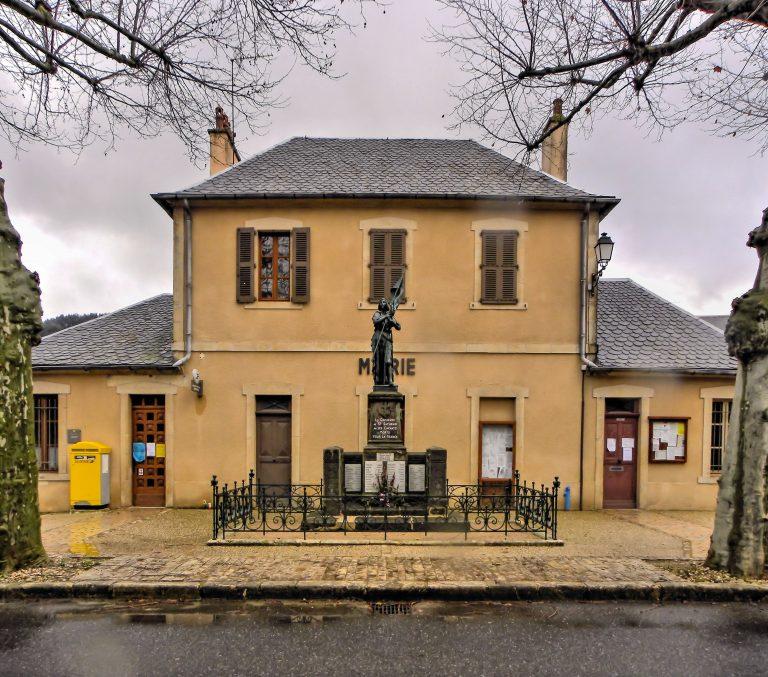 Mairie de Saint Saturnin de Lenne